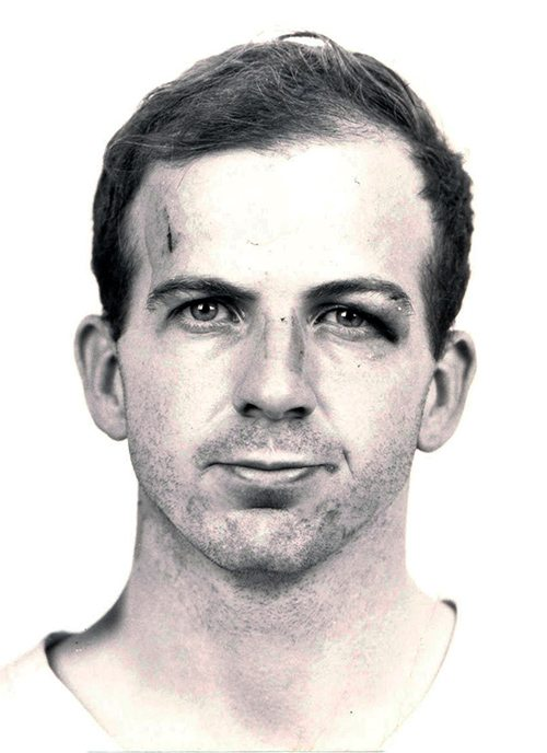 Lee_Harvey_Oswald_arrest_card_1963-crop